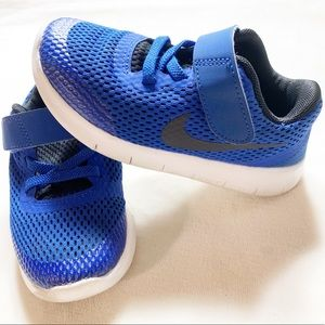 Nike Free RN toddler boy shoes